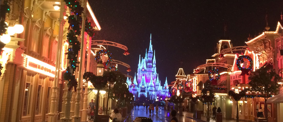 Tips for Mickey's Very Merry Christmas Party
