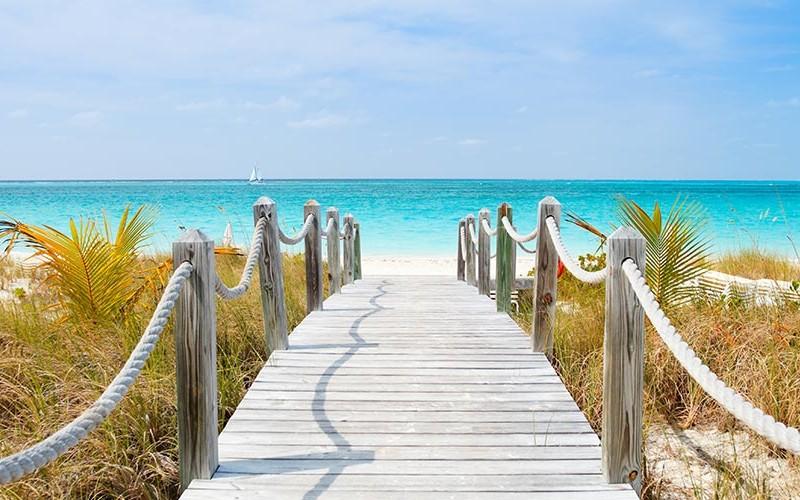 Risultati immagini per seven mile beach 800 x 500