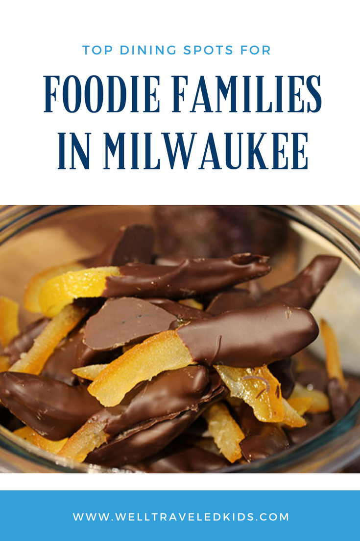 Top Dining Spots for Foodie Families in Milwaukee Wisconsin. ******* Best Milwaukee family restaurants | Best Milwaukee eats | Best Milwaukee treats | Best Milwaukee cheese curds | Milwaukee cocktails | Milwaukee chocolates
