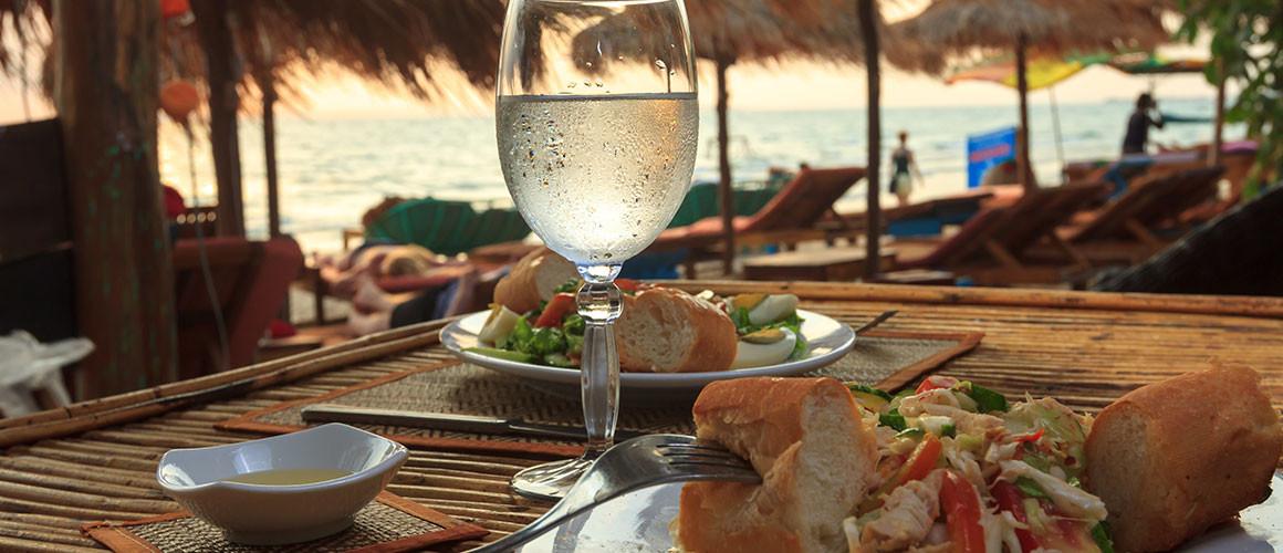 DiningBeach_Maui