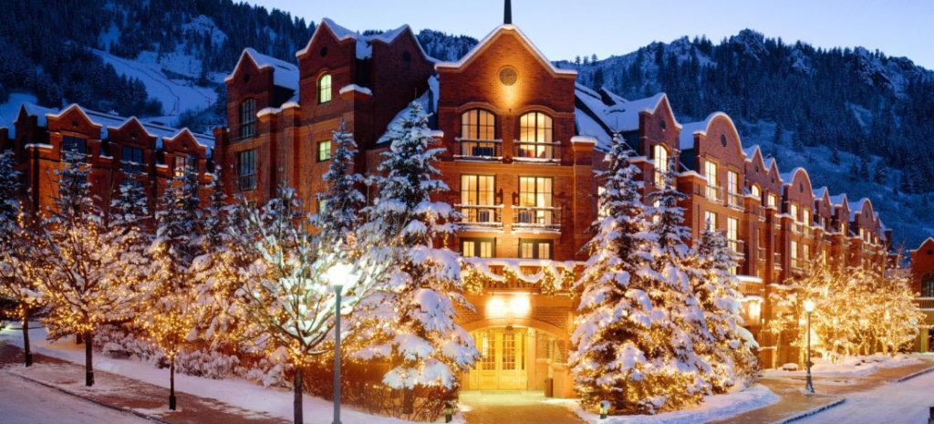 St. Regis Aspen – The Ultimate Warm and Cozy Luxury Aspen Family Ski Resort