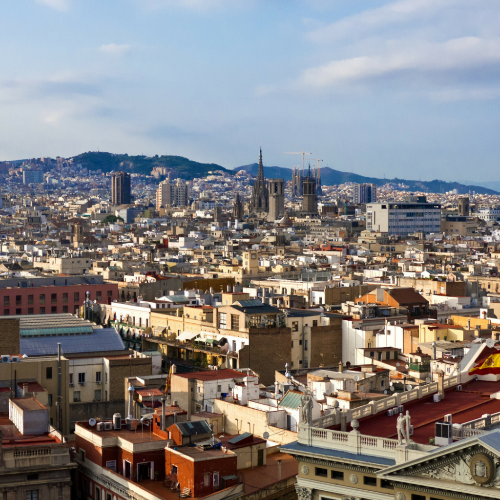 Take Kids Sightseeing in Barcelona Spain with Runner Bean Tours