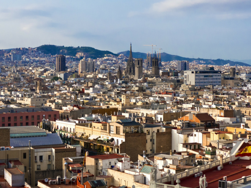 Family sightseeing tour in Barcelona Spain with Kids