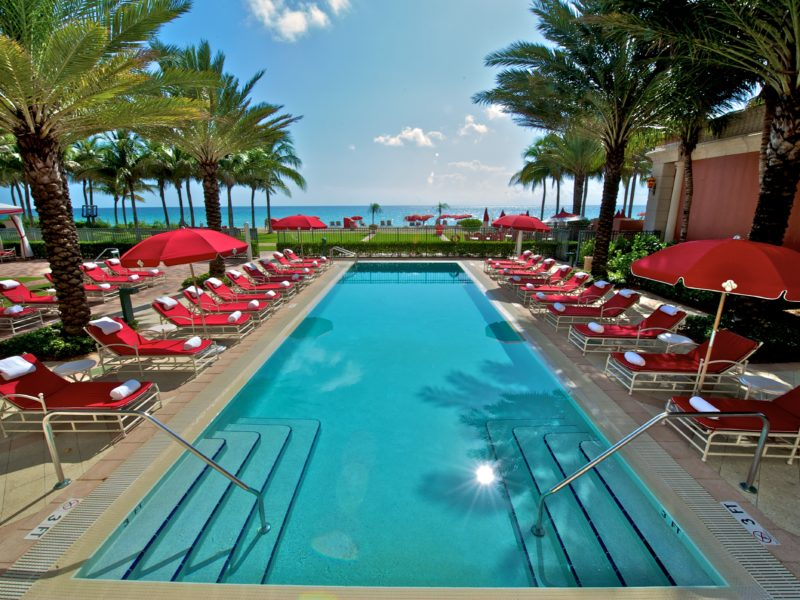 Luxury_Family_Beach_Holiday_Acqualina_Resort_Miami_Beach