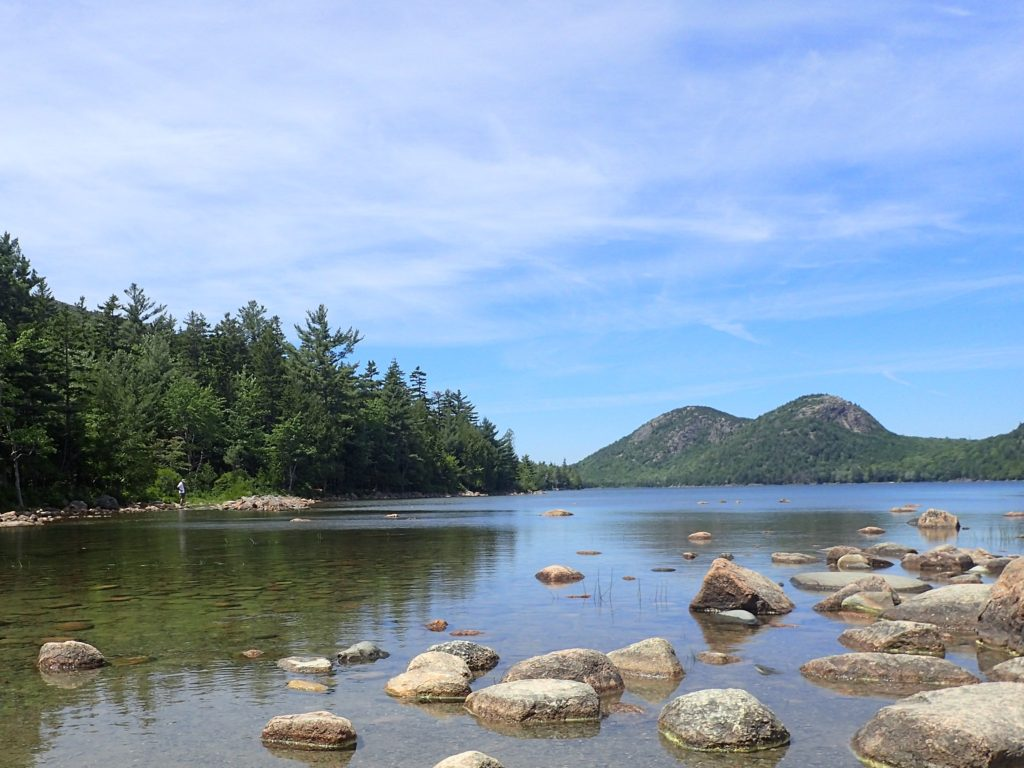 family hike to Jordan Pond