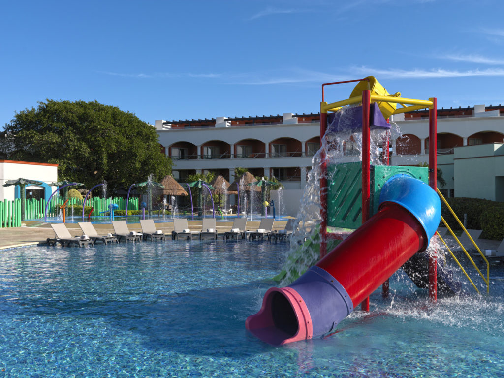 Review of Hard Rock Cancun for kids