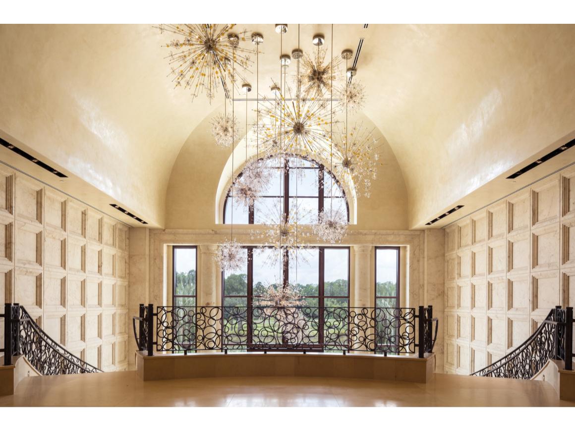 Best Luxury Disney Hotel